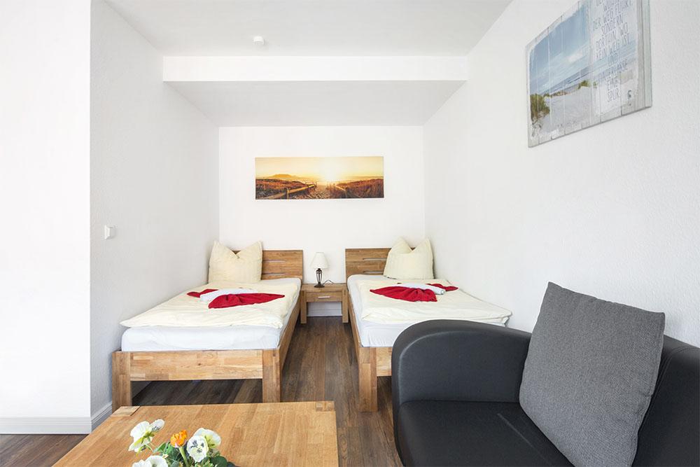 g nstige unterkunft in hamburg buchen pension schmidt. Black Bedroom Furniture Sets. Home Design Ideas